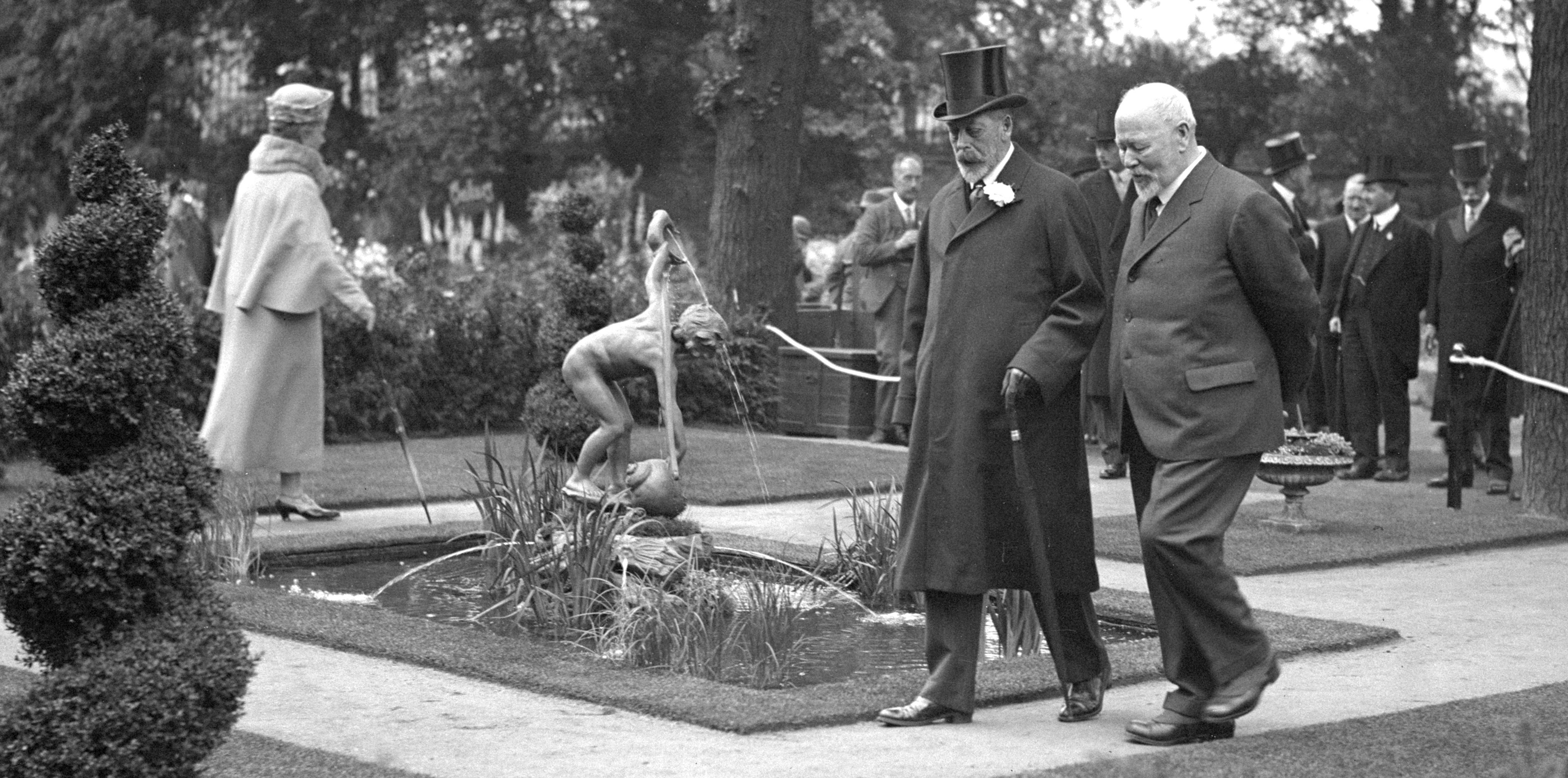 King George and Queen Mary at the Chelsea Flower Show